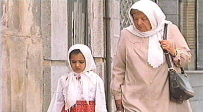 A kind old lady helps Raziyeh retrace her footsteps.